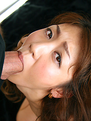 Aoki Rumi showing her deepthroat skills