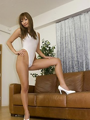 Hot asian babe Erena Kurosawa