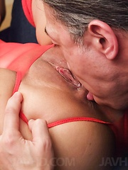 Aika Hoshino Asian has asshole fingered and puss licked at once
