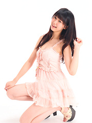 Tsukasa Arai Asian has new dress in which she looks so innocent