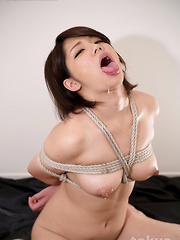 Ashikawa Mei doing rough deepthroat